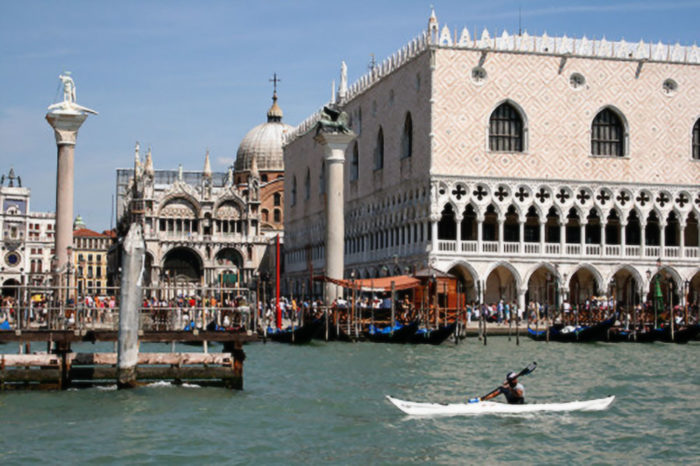 2007 – Giro d'Italia in Kayak